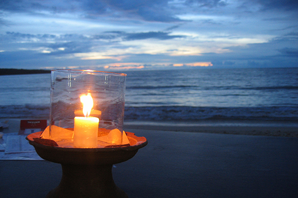 candle-on-beach
