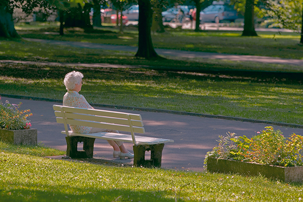 senior-woman-on-park-bench