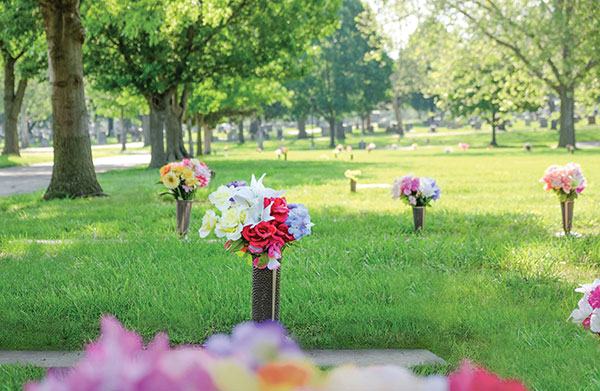 cemetery-markers-flowers