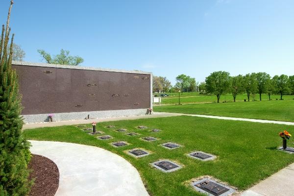 cremation-memorial-garden