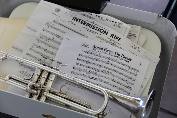 trumpet-and-music