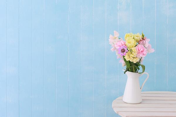 flowers-in-white-vase