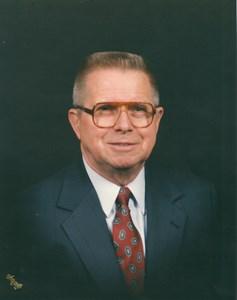 Obituary photo of John Hoelzle, Green Bay-Wisconsin
