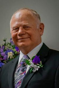 Obituary photo of Roger Collins, Olathe-Kansas