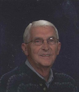 Obituary photo of Warren Hallgren, Dove-Kansas