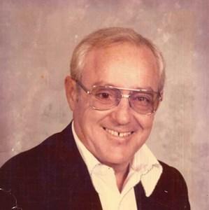 Obituary photo of Walter Kelb, Toledo-OH
