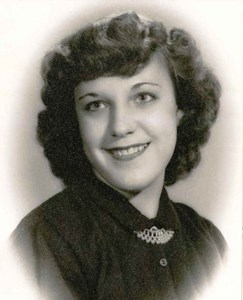 Obituary photo of Helen Mihavics, Akron-OH