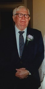Obituary photo of Estill Barger, Louisville-KY