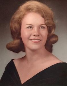Obituary photo of Yvonne Quelle, Cincinnati-OH