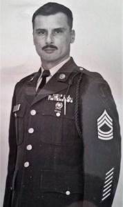 Obituary photo of MSG+(RET)+Raymond Kube, Junction City-KS