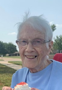 Obituary photo of Eleanor Hogarth, Dove-KS