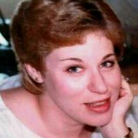 Carolyn Dayi