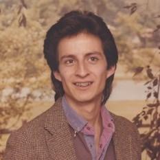 Dennis Gomez