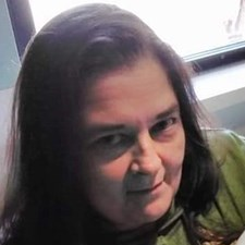 Cindy Graves