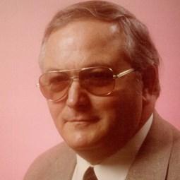 Frank DeLong