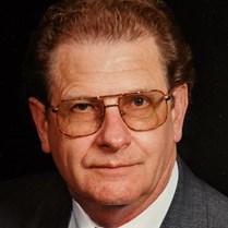 Robert Lueker